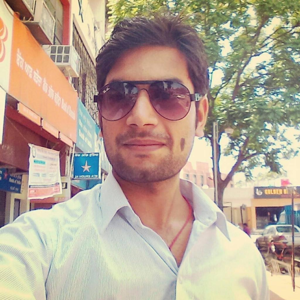 anand kjha free minded person, entrepreneur and digital marketer from chandigarh india